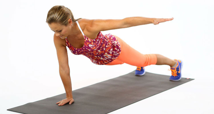 one-arm-triceps-dips