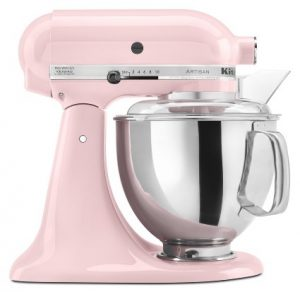 stand-mixer-in-pink