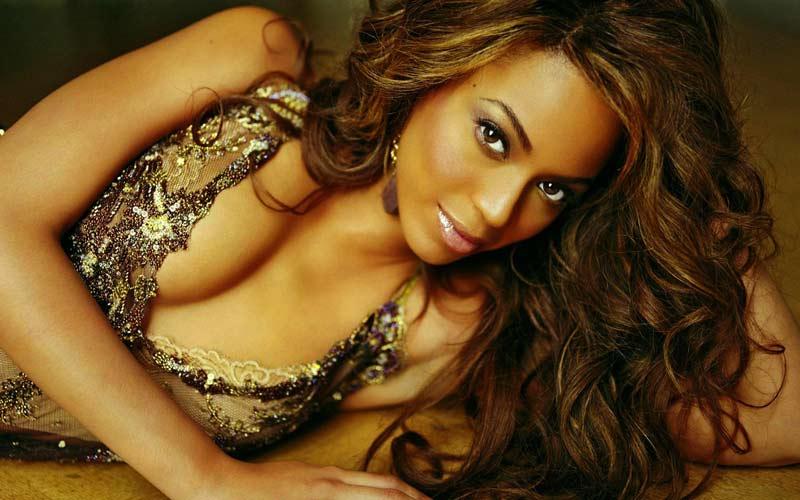Www hot black women com